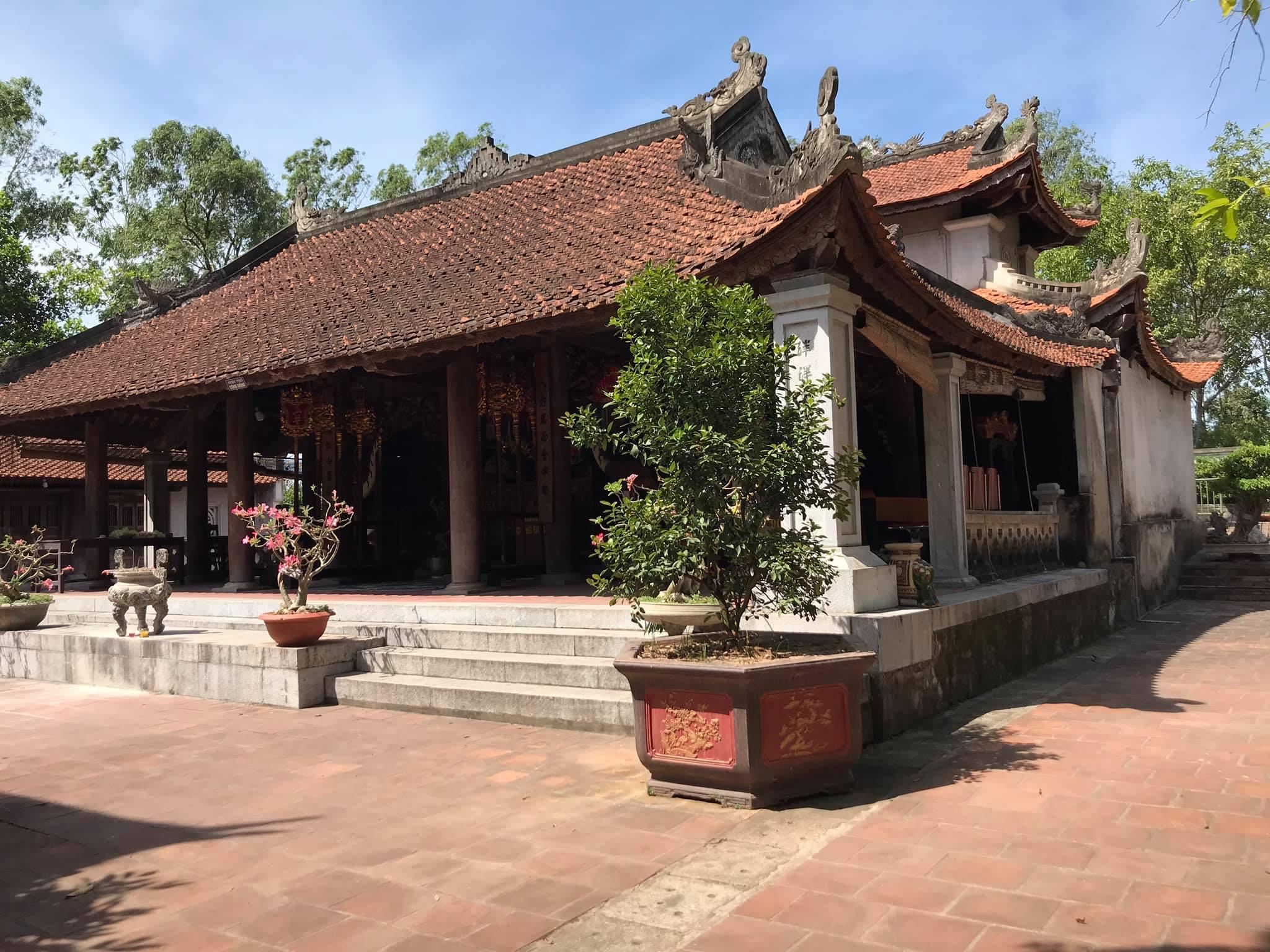 Đền thờ vua Thục